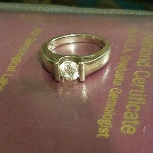1 carat diamond with 14 white karat gold band
